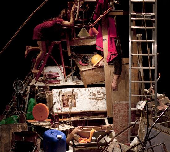 Compagnie L'Immédiat / Camille Boitel, L'Immédiat   Photo: Vincent Beaume