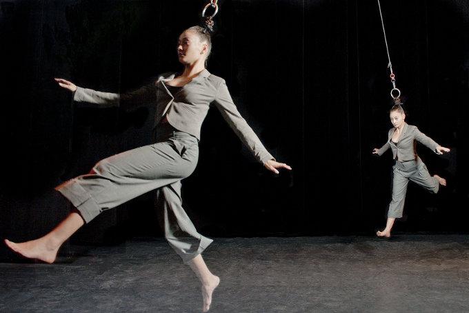Sanja Kosonen & Elice Abonce Muhonen, Capilotractées   Photo: Daniel Michelon