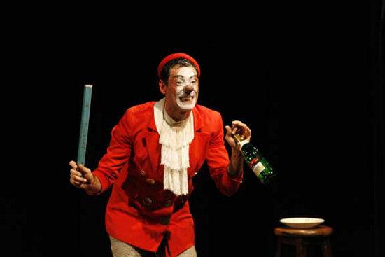 LUME Teatro, La Scarpetta | Photo: Luana Navarro